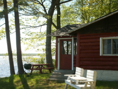 photo cabins x lake vacation michigan s rentals cabin near a enjoy peninsula rental superior of summer in upper
